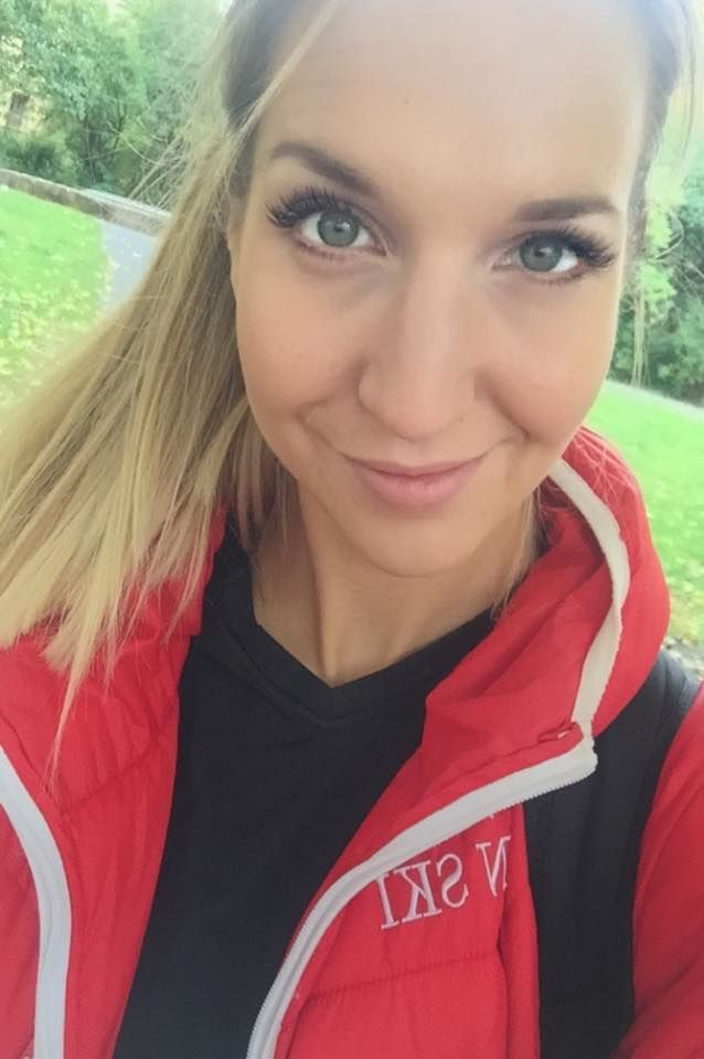 melina_selfie